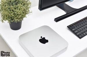 Apple_mini_FHD_monitor